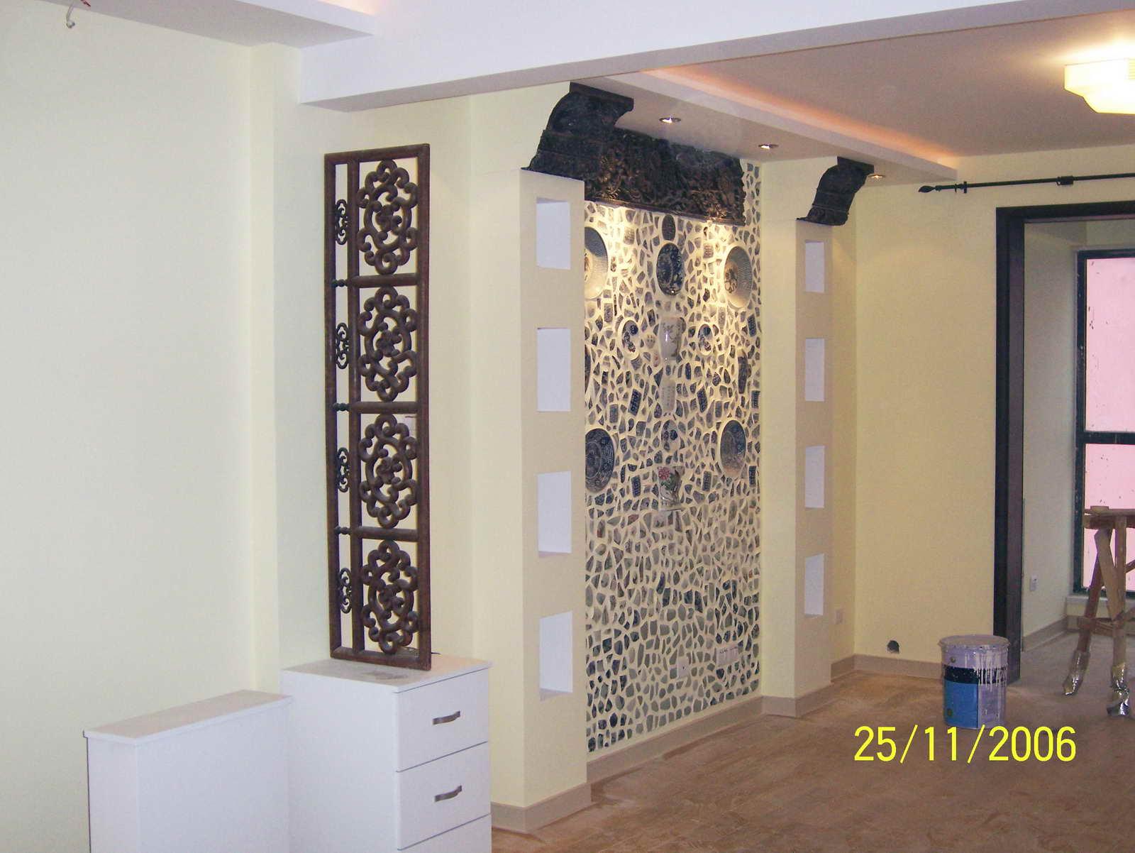 古典中式隔断   瓷房子效果的影视墙   小院屏风墙效果的