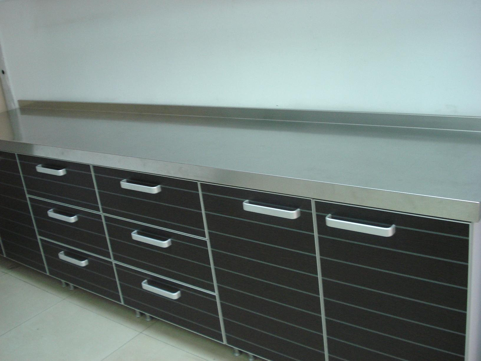 不锈钢台面橱柜