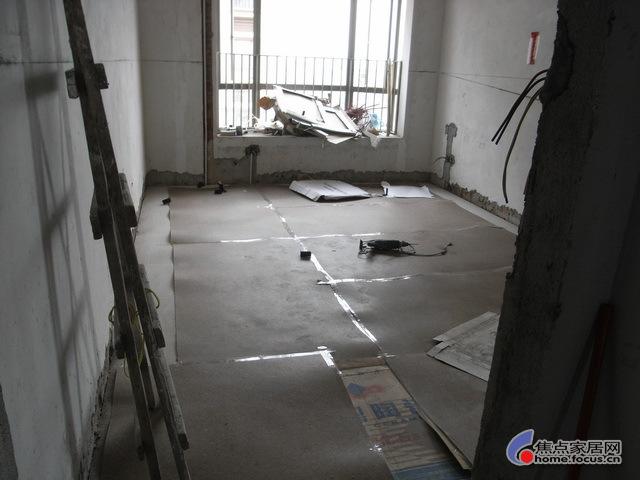 装修   阿龙75   图片:回复:老龙星港湾工地套房装修施工过程