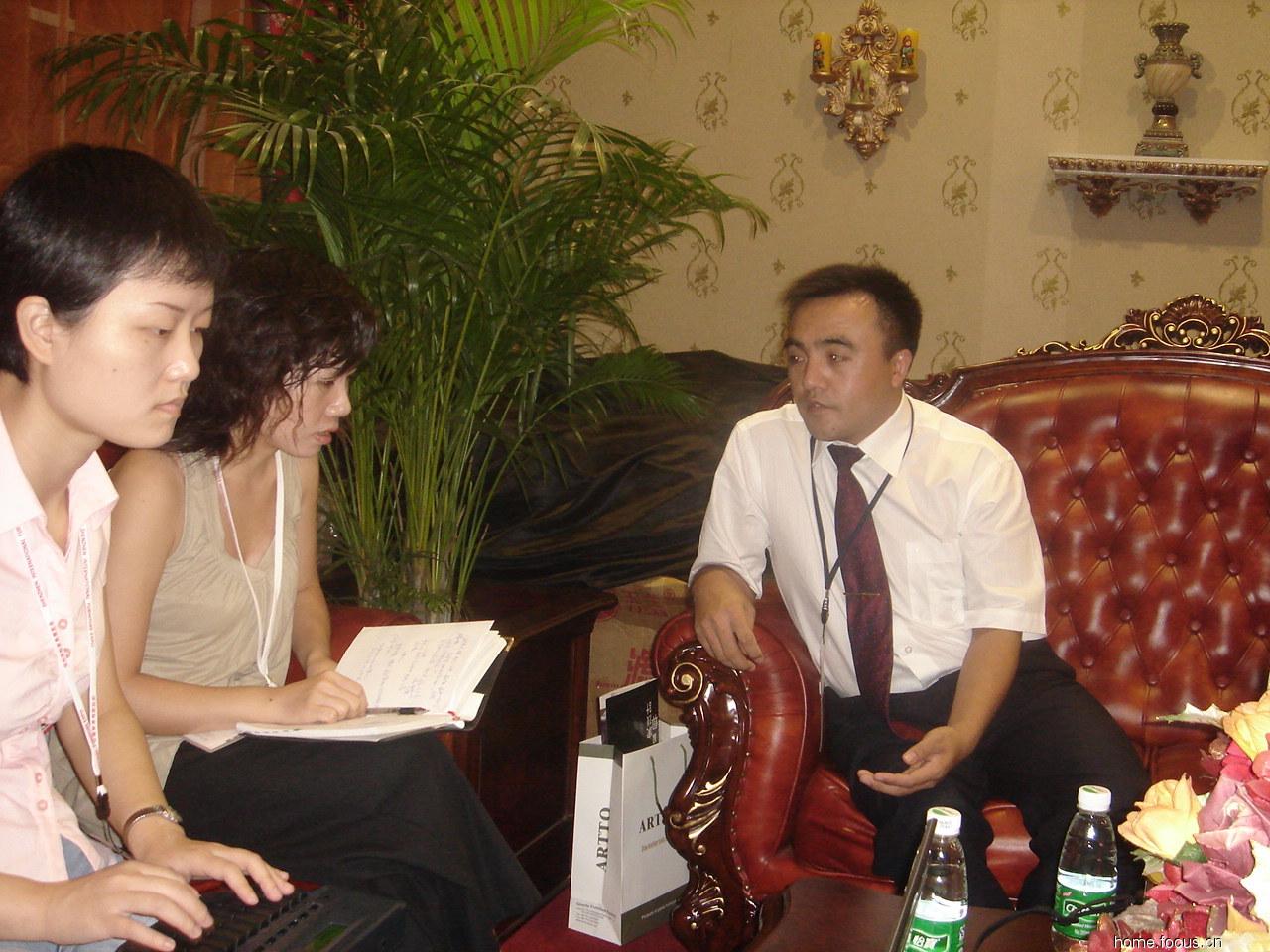 圆桌展人物专访:麒麟同力家具总经理谷林厂家120北京家具家具图片